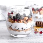 breakfast yogurt parfait - hot pan kitchen