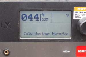 a traeger grill screen set to 225